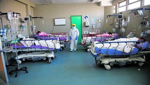 La segunda ola de coronavirus deja hospitales sin espacio para pacientes críticos.