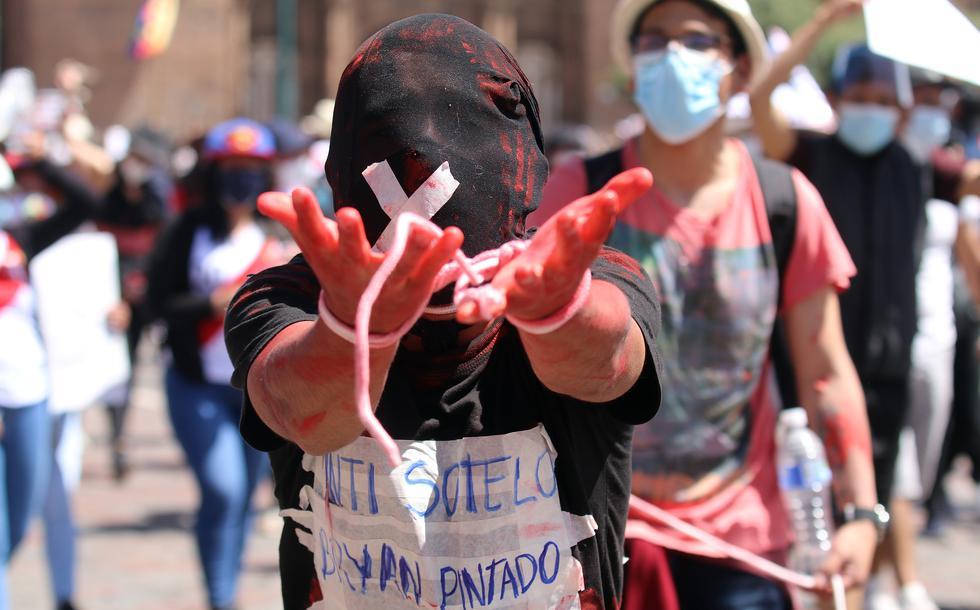 Marcha Cusco día domingo. Fotos: Juan Sequeiros