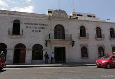 En Arequipa identifican compra irregular de uniformes en municipio de Cayma