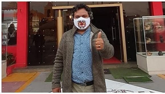 Promotor afirma que solo requieren 7,553 firmas. Mientras tanto, el burgomaestre Arturo Fernández dice que el pueblo lo respaldará.