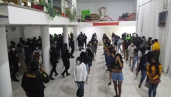 """Ayacucho: intervienen a 100 menores en fiesta semáforo """"COVID-19"""""""