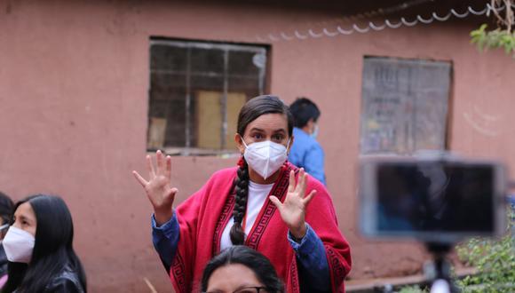 Verónika Mendoza desayunó cuy con humitas y papa en casa de su familia en Cusco. (Foto: Juan Sequeiros/Grupo El Comercio)