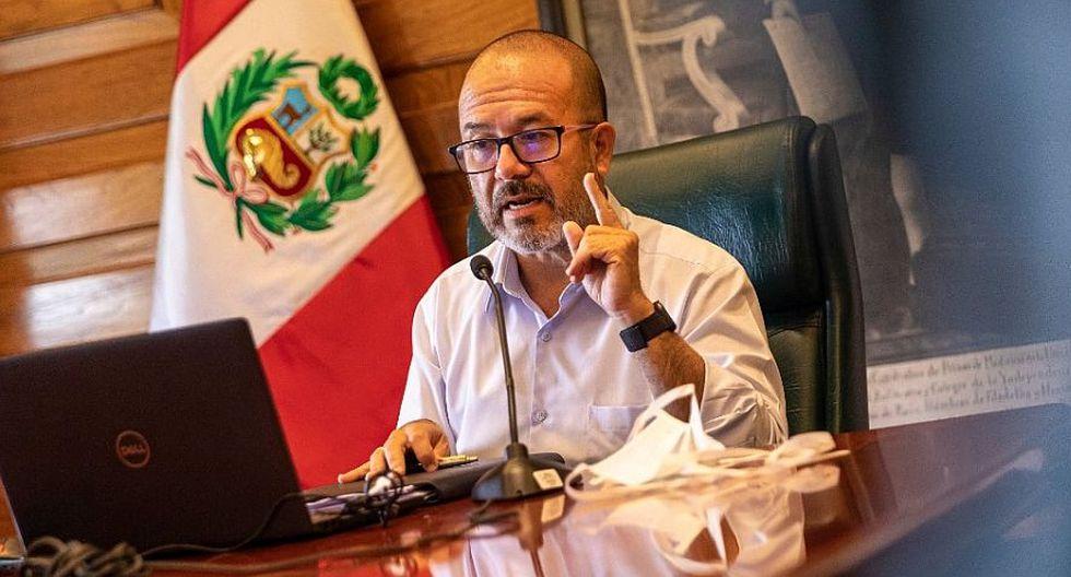 Víctor Zamora aseguró que las pruebas rápidas contra coronavirus serán probadas la próxima semana. (Foto: Difusión)