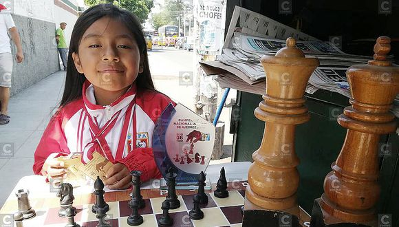 Campeona de ajedrez perdió dos puestos en el ranking mundial por no ir a torneos internacionales