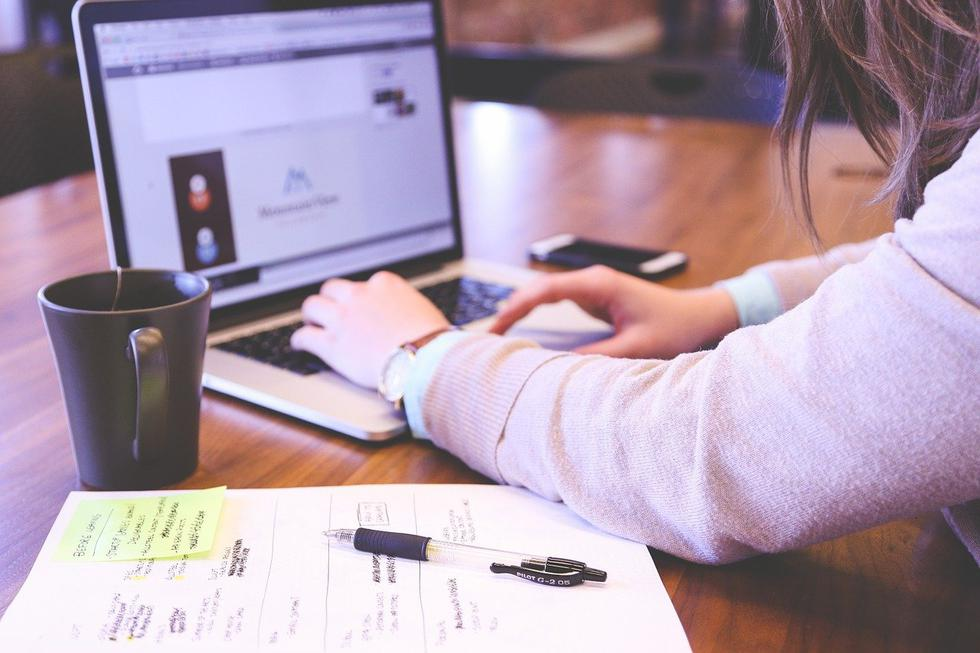 1. Liderar proyectos propios. Soltar el miedo al fracaso. Una forma para dar el primer paso y atreverte a liderar tus sueños es encontrar inspiración en las historias de cientos de mujeres peruanas que se han decido a derribar prejuicios y liderar sus propios negocios. (Foto: Pixabay)