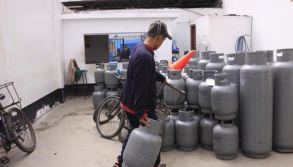 Cusco: ordenanza municipal prohíbe el traslado de balones de gas en motos o bicicletas