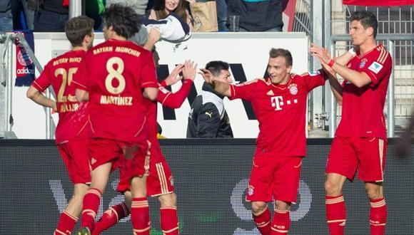 Hoffenheim con Advíncula en banca cayó ante el Bayern Munich