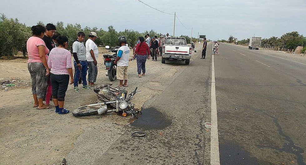 Un muerto y un herido grave deja choque de motocicleta con ómnibus