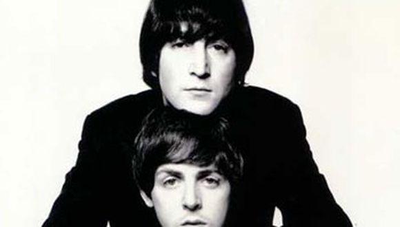 Publican cartas de John Lennon contra Paul McCartney