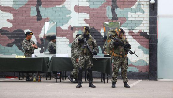 """""""En los próximos días estaremos publicando un decreto de urgencia para financiar inversiones del ejército peruano a nivel nacional"""", anunció el presidente Martín Vizcarra. (Foto: GEC)"""