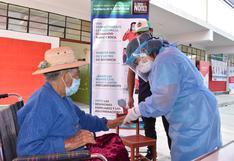 Vacunarán a 5,853 personas mayores de 80 años en Tacna