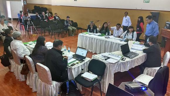 Consejo libra de suspensión a gobernador de Moquegua (Video)