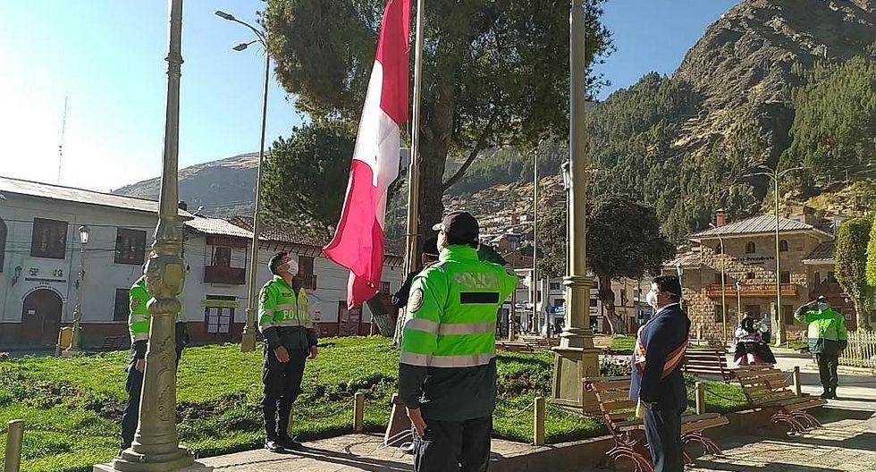 """Obispo de Huancavelica: """"Las personas ahora dependemos del virus"""""""