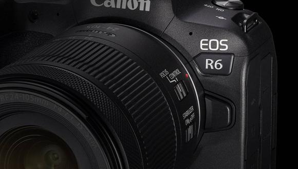 La nueva cámara permitirá girar la lente en distintas direcciones mientras mantiene la orientación de la pantalla. Imagen referencial. (Canon / Europa Press)