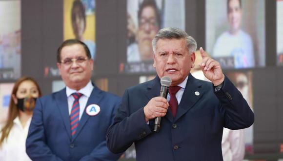 Candidato presidencial de Alianza para el Progreso negó haber pedido algún ministerio al régimen de Fujimori.