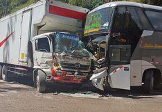 Pasco: 1 muerto y 8 heridos dejan choques de unidades en Carretera Central