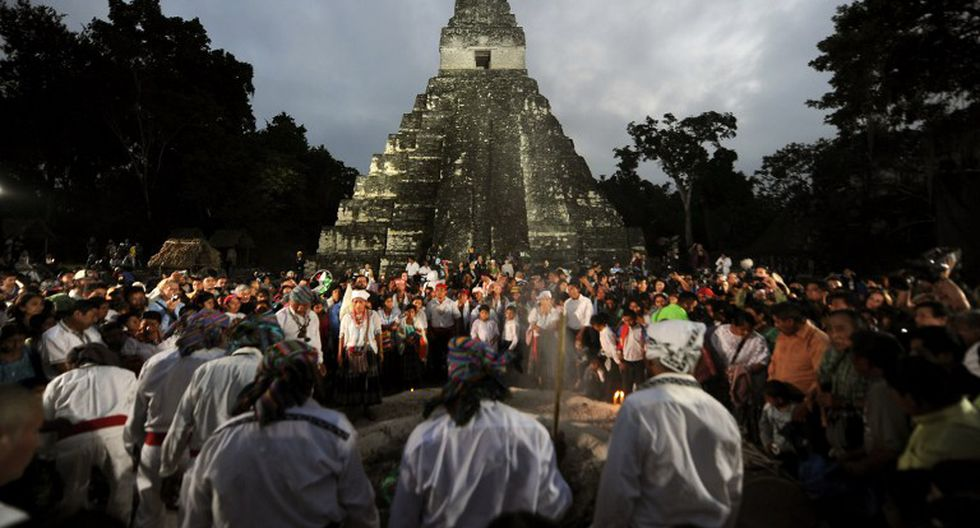 """Guatemala: Turistas dañan ruina maya en celebraciones por inicio de la """"nueva era"""""""