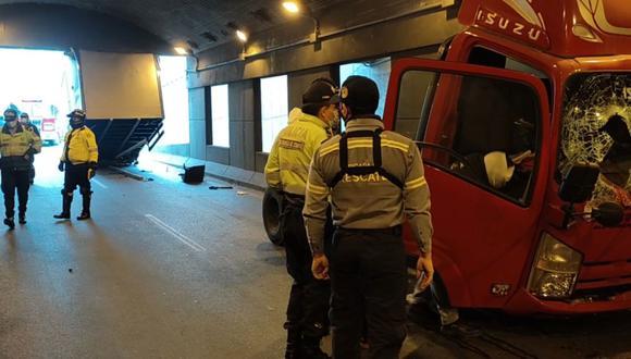 El municipio de Surco enfatizó que al ingreso del túnel figura un letrero que informa que tiene una altura de 3 metros con 20 centímetros. Sin embargo, en la parte posterior del camión se indica que este registra una altura de 3 metros con 80 centímetros.