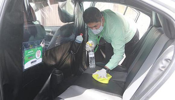 Hasta 266 taxistas podrán desinfectar gratuitamente sus vehículos diariamente en San Juan de Lurigancho. (Foto: Referencial)