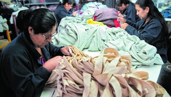 Sectores comercio y servicios concentraron el 90% de las formalizaciones, que son impulsadas por Produce a través del programa Tu Empresa. (Foto: AFP)