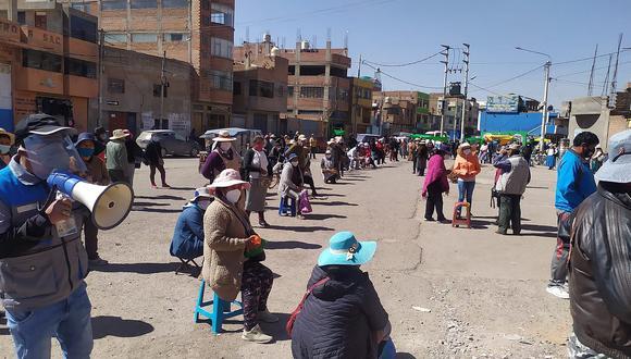 Entregan Ivermectina a comerciantes de la ciudad de Juliaca