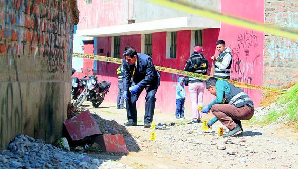Policía dispara a venezolano que intentó asaltarlo junto a un peruano