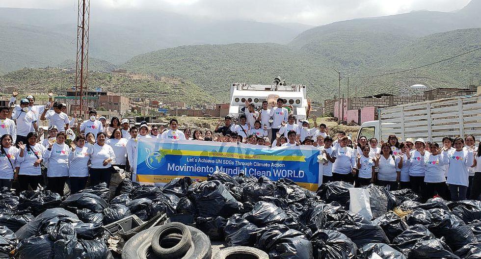 Voluntarios limpiaron kilómetro 16 de la carretera hacia Yura