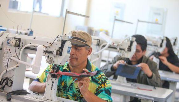 Las Mypes podrán contratar con el Estado, lo que les permitirá crear más puestos de trabajo, anunció Vizcarra. (GEC)