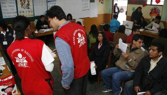 Alistan entrega de credenciales para San Román, Melgar y Lampa
