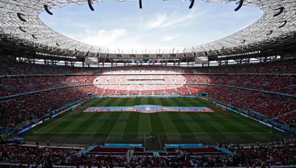 Los fanáticos en Budapest llenaron las graderías del Puskas Arena. (Foto: Agencias)