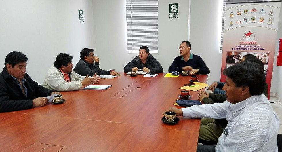 Dos empresas se presentan a la selección para otorgar autorizaciones entres rutas