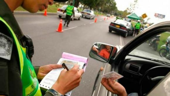 Durante un operativo de control de carreteras el sujeto le entregó 30 soles al efectivo policial (Foto: Fiscalía Lima Sur)