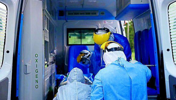 Técnico en enfermería  muere por falta cama en UCI  de hospital Essalud en Huancayo