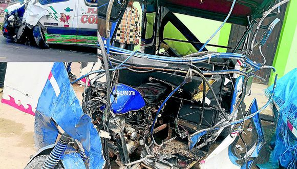 Familia mueren en choque  de miniván y mototaxi