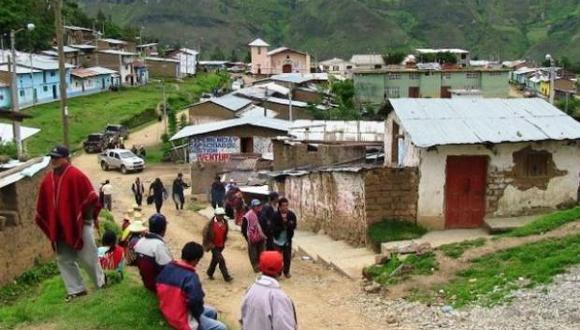 Áncash. Población mantuvo secuestrado 24 horas a funcionarios y trabajadores del municipio distrital de Quillo. (Facebook Diario La Industria de Áncash)