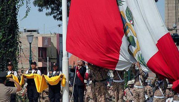 Autoridades conmemoran 199 años de la independencia del Perú