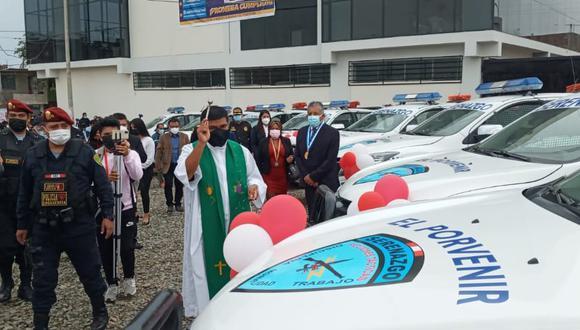 Este proyecto de seguridad ciudadana también consta de 8 camionetas y 10 motos lineales para la lucha contra la delincuencia.