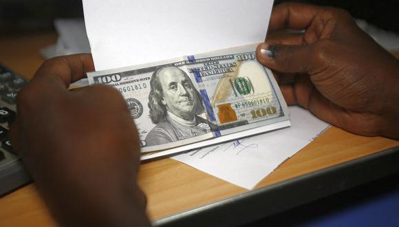 El dólar acumula una ganancia de 8.32% frente al sol en lo que va del 2021. (Foto: AFP)