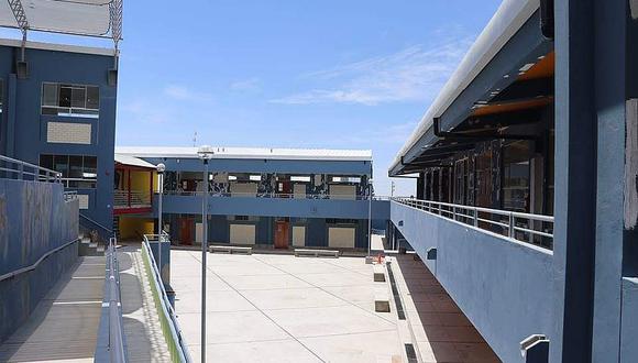 Finaliza la  construcción de IE Deán Valdivia en Cayma