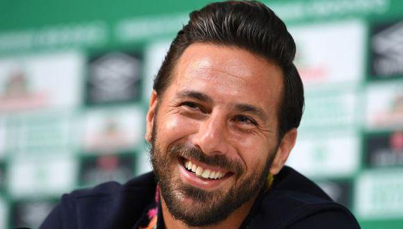 Claudio Pizarro es el segundo goleador extranjero histórico de la Bundesliga, con 197 anotaciones. (Foto: AFP)