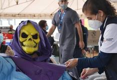 """""""Skeletor"""" se vacunó contra la COVID-19 (FOTOS)"""