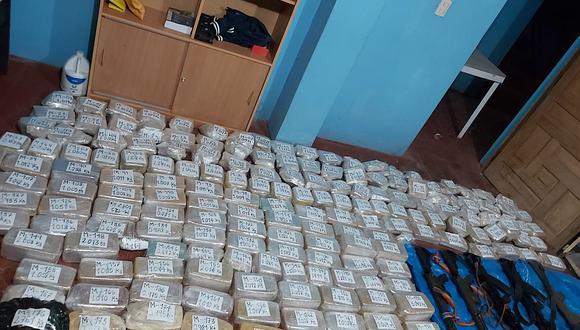 Encuentran armas y gran cantidad de droga en la selva de Puno