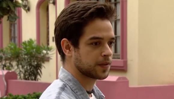 """El actor peruano Franco Pennano interpreta a Percy en """"De vuelta al barrio"""" (Foto: América TV)"""
