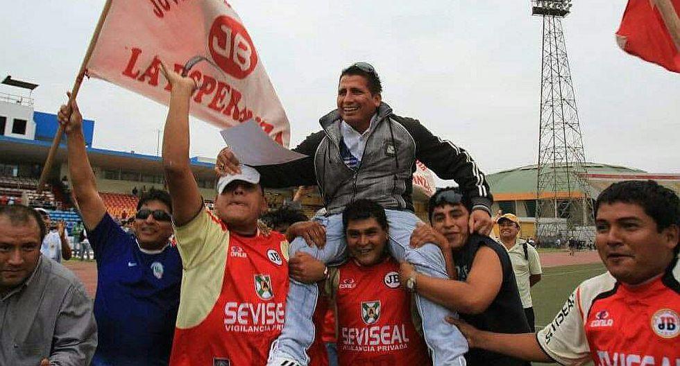 El día en que JB le dio la mano a Carlos A. Mannucci en la Copa Perú