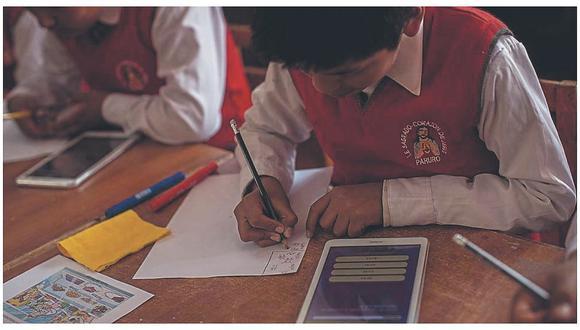 Ministro de Educación espera que tablets sean distribuidas en zonas alejadas desde fines de julio