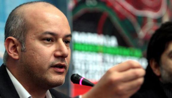 """Sergio Tejada: """"Al APRA no le conviene que la Megacomisión tarde tanto"""""""