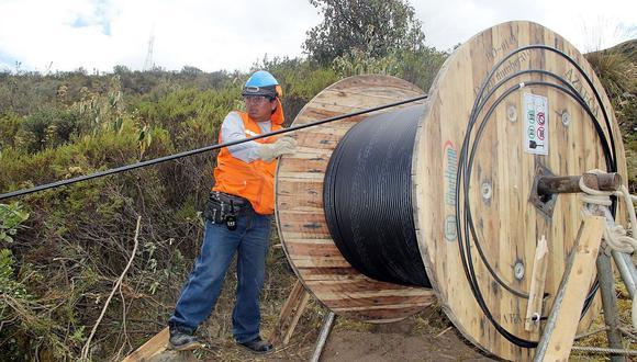 El tendido de la fibra óptica tiene retrasos en Arequipa