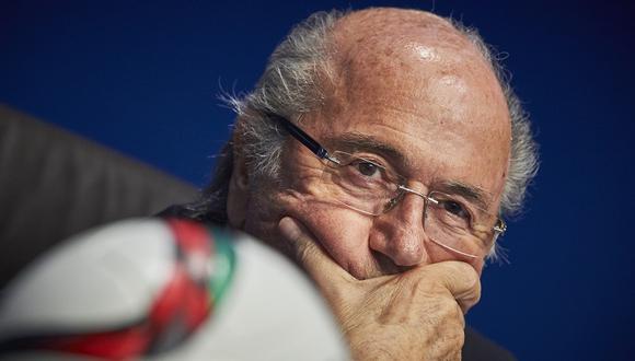 ¿Por qué Joseph Blatter ha cambiado de opinión en cinco días?