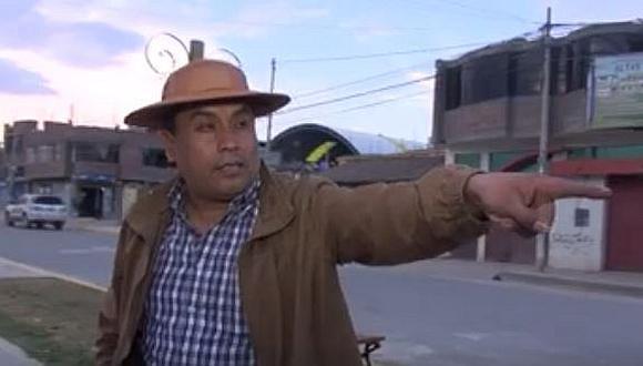 """Gobernador regional de Junín a su camarógrafo: """"¿No puedes voltear?, triste tu vida"""" (VIDEO)"""