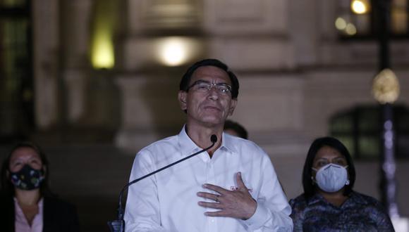 Martín Vizcarra dio su más sentido pésame a familias de fallecidos en marchas.  (Foto: Andrés Paredes)